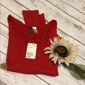 NWT red H&M sweater size m